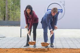 volvo usa headquarters volvo cars breaks ground on first american factory volvo car usa
