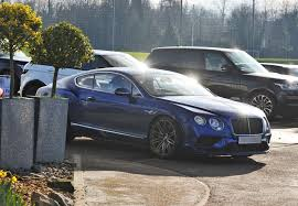 bentley kenya vardy shows off new bentley continental at leicester city training