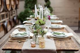 setting a rustic thanksgiving tablescape