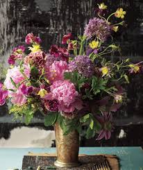 flower arrangements easy flower arrangements real simple