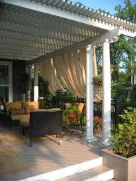 Vinyl Patio Roof I Love This Aluminum Pergola With Polycarbonate Roof To Keep The
