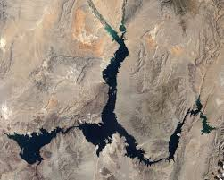 Climate Change Is Shrinking The Colorado River Source Colorado Water Level Changes In Lake Mead Image Of The Day