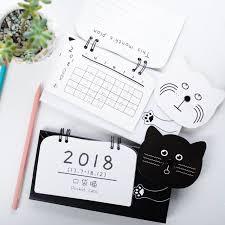 agenda sur bureau noir et blanc bureau calendrier planificateur 2018 calendrier