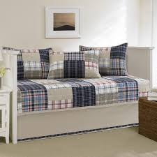 Daybed Sets Bedroom Enchanting Daybed Bedding Sets And Wooden Daybed Also