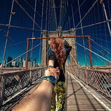 Pre wedding photo theme travel around the world brooklyn bridge