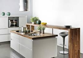 table coulissante cuisine ilot central avec bar photo impressionnant cuisine table