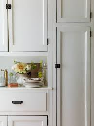 what color hinges on white cabinets 12 white kitchen cabinets black hinges and hardware ideas