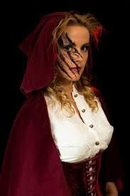 creepy costumes cbdc613e150a5b738d7530a5cedde667 jpg 736 1104 scary