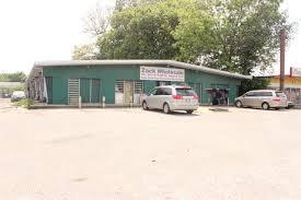Area Rugs Memphis Tn 3733 Lamar Ave Memphis Tn 38118 Home For Sale Homes For Sale