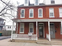 2 Bedroom Apartments In Lancaster Pa Apartment Unit 2 At 27 W Liberty Street Lancaster Pa 17603 Hotpads