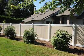 vinyl fencing for tri cities wa rick u0027s custom fencing u0026 decking