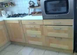 cuisine bois massif ikea meuble de cuisine en bois meubles cuisine bois meuble cuisine bois