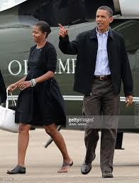 us pres obama on vacation at martha u0027s vineyard photos and images
