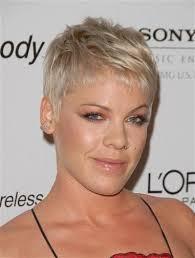 hair styles from singers best 25 singer pink hairstyles ideas on pinterest pink singer
