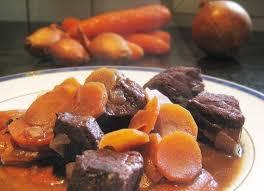 comment cuisiner le paleron recette de daube de boeuf de ma grand mère la recette facile