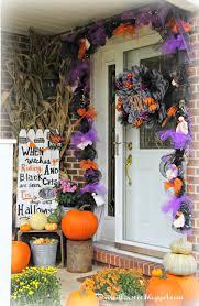 Halloween Wreaths Using Deco Mesh by Priscillas Halloween Home Tour 2014