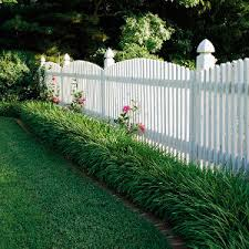 Types Of Fencing For Gardens - don u0027t fence yourself in yards gardens and landscaping