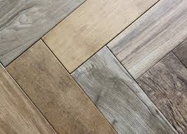 Choosing Laminate Flooring Color Choosing And Installing Tile For The Garden Apartment