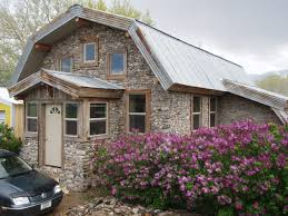 Bermed House Slipform Stone Masonry Building A Slipform Stone House From The
