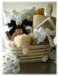 spa baskets how to make a spa themed gift basket ehow basket ideas