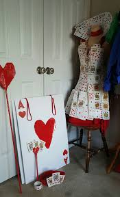 off with their heads queen of hearts costume diy alice in