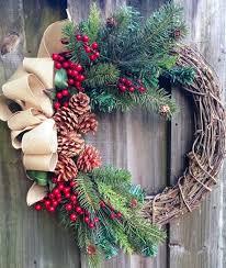 Decorating A Christmas Wreath Ideas by Best 25 Grapevine Wreath Ideas On Pinterest Door Wreaths