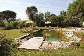 chambre d hote avec naturiste gîtes appartement bungalow chalet gîte villa