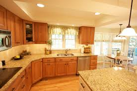 what color cabinets go with venetian gold granite new venetian gold granite granite countertops granite tile