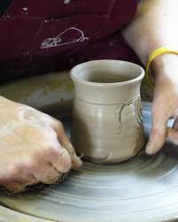 throwing a pot hog shed studio pottery throwing a pot