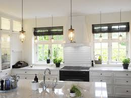 Chandelier Kitchen Lights 22 Awesome Traditional Kitchen Lighting Ideas