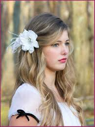 bridal hair flowers brides hairdo flowers for your wedding day hair hairstye