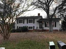 greenville homes for sale under 100 000 212 bear 1337286 212 bear greenville south carolina sc 29605 90 000 4 bedrooms