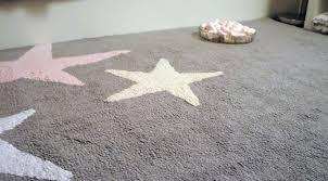 tapis de chambre enfant tapis chambre enfant tapis carr noisette 110 x 110 cm sauthon baby