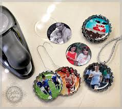 photo ornaments with bottle caps