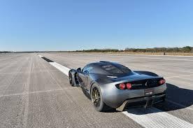 hennessey koenigsegg hennessey venom gt shatters bugatti veyron u0027s speed record