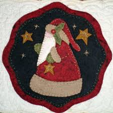 four christmas candle mat penny rug patterns to choose from for