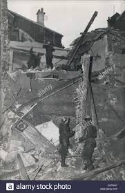 sep 30 1960 house collapses in northern paris five tenants