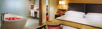 chambre style africain suites et chambres d u0027hôtel mövenpick hotel jumeirah beach