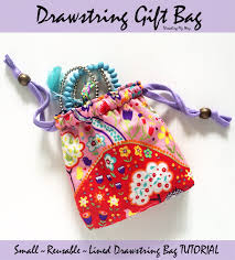 drawstring gift bags threading my way drawstring gift bag tutorial