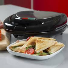 Which Sandwich Toaster Tower Housewares Two Slice Sandwich Toaster