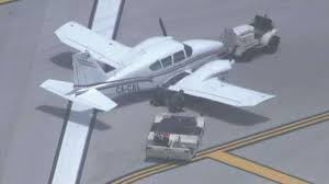 deco drive wsvn tv 7news miami ft lauderdale news small plane blows tire while landing at fll wsvn 7news miami