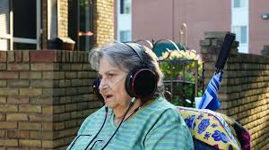 Audiophile Meme - return of the audiophile grandma headphones