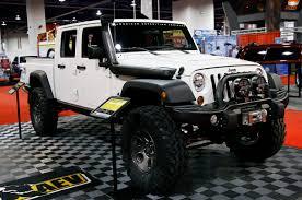 jeep brute 4 door aev debuts all new 4 door brute double cab at sema