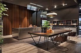 cuisine en italien cuisine de design italien en 34 idées par les top marques design