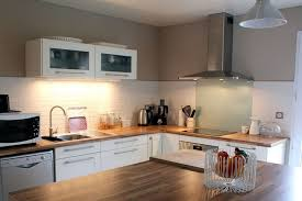 cuisine bois blanche cuisine ouverte avec verriere 9 cuisine ikea blanche et bois