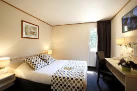 dans la chambre d hotel hôtel limoges chambre d hôtel à limoges pas cher site officiel
