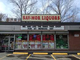 Liquor Signs by 29 Hilarious Signs By Save Mor Liquor Funny Gallery Ebaum U0027s World