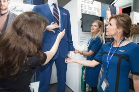 united airlines help desk united airlines uniforms through the years photos fortune com