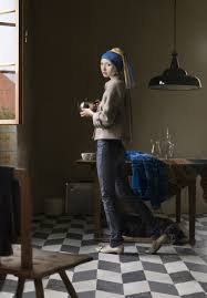 vermeer pearl necklace vermeer s woman with a pearl necklace 2010 web in a page