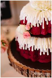 nothing bundt cakes wedding cake strawberry farms wedding irvine